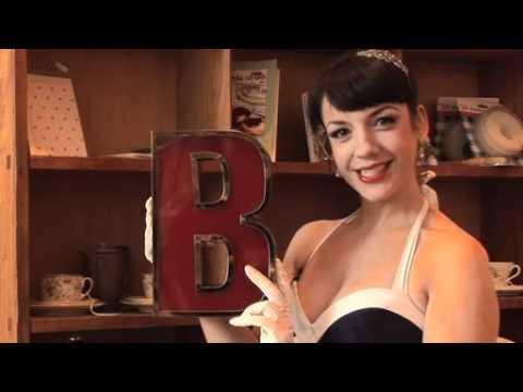 """Swarovski!"": Kiki Kaboom reveals all about burlesquers"