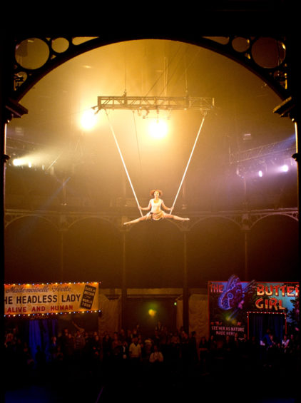 professorvanessaswondershow-insectcircus-aerial-by_davidpickens