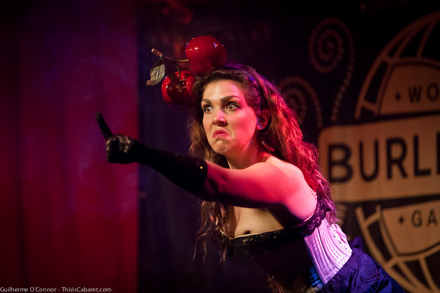 worldburlesquegames-1-009-shirleywindmill-angry-by_guioconnor