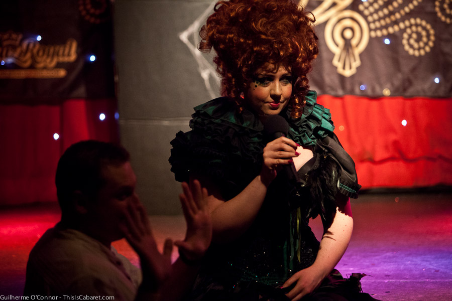 worldburlesquegames-1-021-ivypaige-audience-by_guioconnor