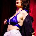 Burlesquer Honey Wilde in Cool Britannia