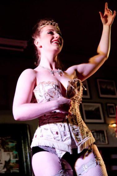 gingerblush-crownjewels-elizabeth-corset