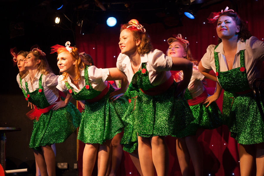 cheekofit-5thbirthdayrevue-troupe-santashohohos-by_tigzrice