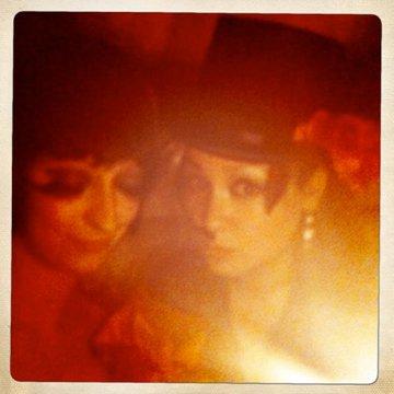 eastendcabaret-promo-polaroid-nightglow
