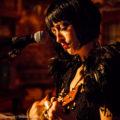 eastendcabaret-georgetavern-thirdbirthday-bernadettebyrne-ukulele-closeup