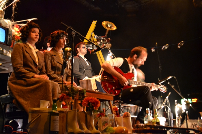 Review: L'Orchestre d'Hommes-Orchestres Perform Tom Waits