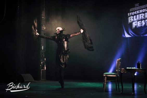 Lou Safire at the Stockholm Burlesque Festival 2013