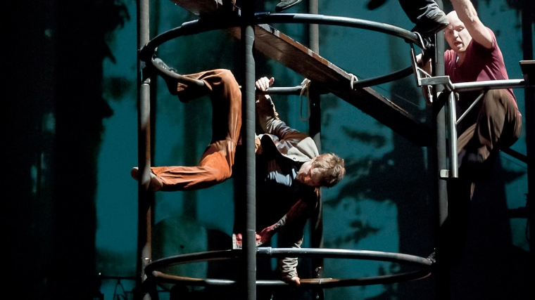 Award Winning Belgian Circus Debut in UK
