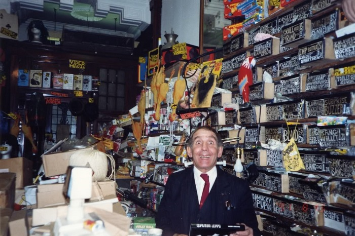 The escapologist and magician Alan Alan in his Holborn shop.