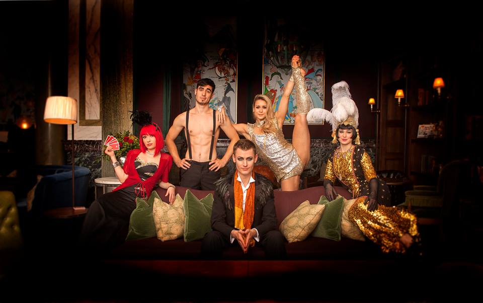 Review: Cabaret At Scarfes Bar, Rosewood London