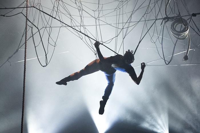 Review: The Artful Badger's Wild Worlds: Dark Sides, Vault Festival