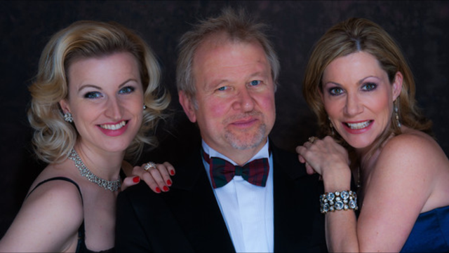 The Divas with MD Tom Wakeley. Photo by  Jonathan Hilder of Piers Photography