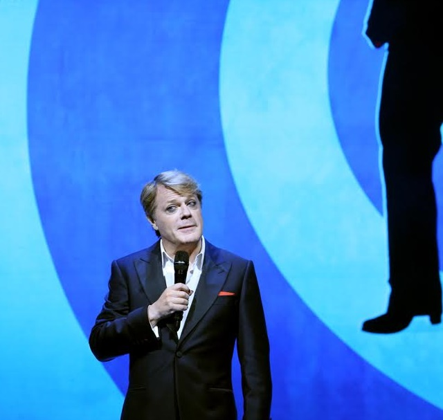 Six Reasons To See Eddie Izzard's Force Majeure: Reloaded